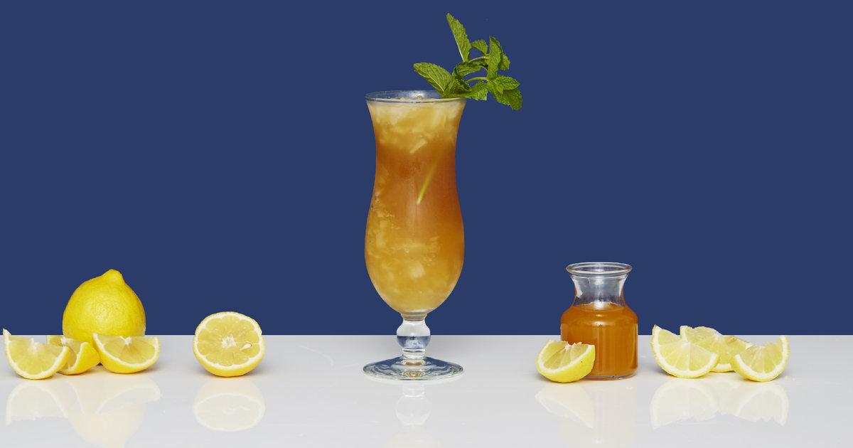 Hurricane Drink Recipe: How to Make a Hurricane Cocktail - Supercall
