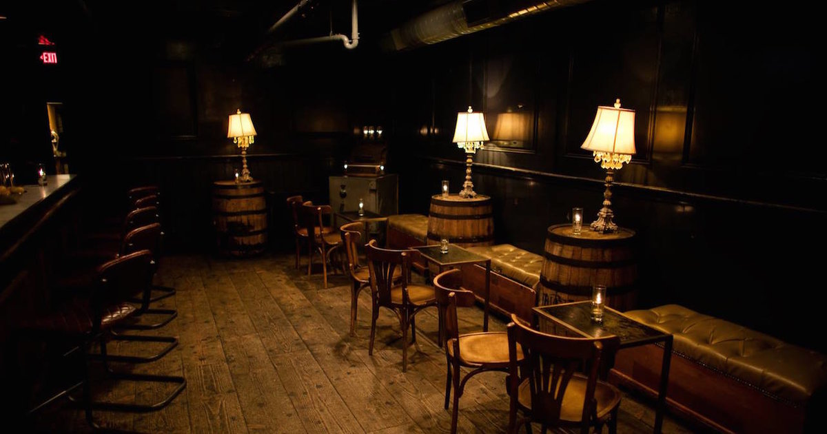 & The Most Haunted Bars in America and Their Horror Stories - Supercall