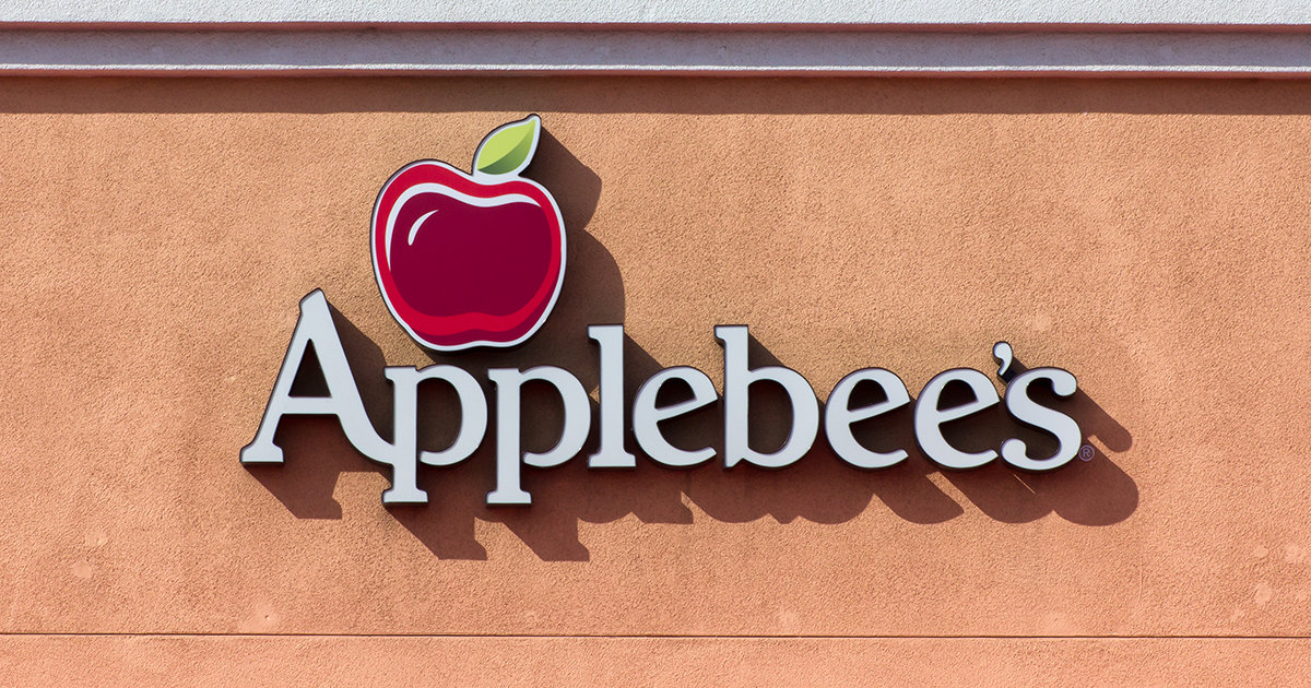 applebee s is bringing back the dollarita for april supercall