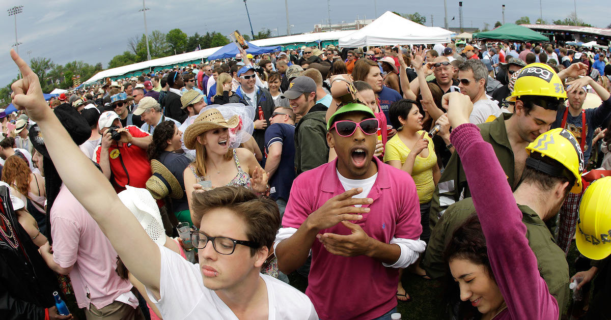 how to have a kentucky derby party